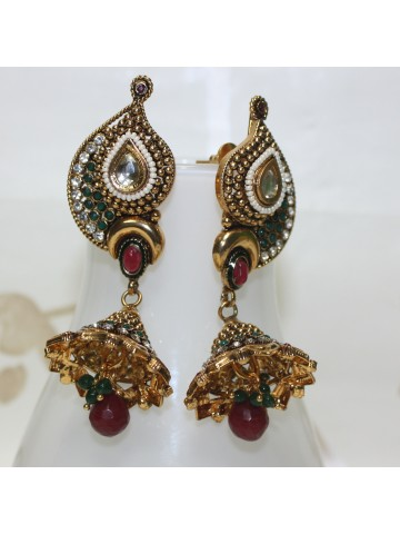 https://static7.cilory.com/12283-thickbox_default/ethnic-polki-work-earrings-crafted-with-beads-and-stone.jpg