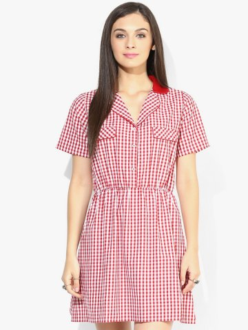 https://static8.cilory.com/143094-thickbox_default/i-know-red-dress.jpg