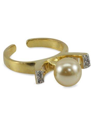 https://static6.cilory.com/322213-thickbox_default/elegance-series-amercian-diamond-ring.jpg