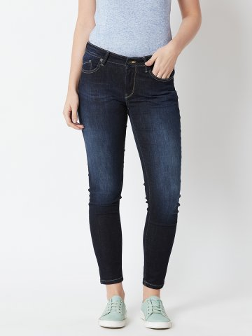 https://static1.cilory.com/359199-thickbox_default/pepe-jeans-dark-blue-mid-waist-slim-jeans.jpg