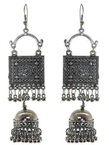 https://static.cilory.com/364550-thickbox_default/nayra-series-handicraft-earrings.jpg