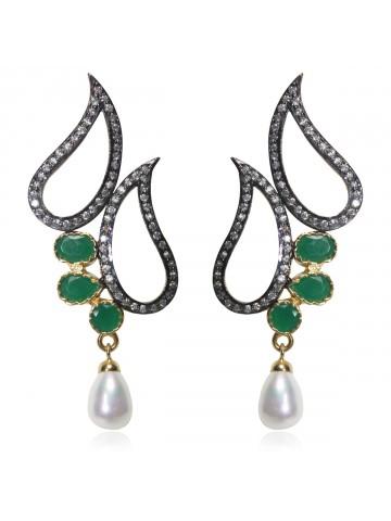 https://static5.cilory.com/36797-thickbox_default/e-design-fashion-earrings.jpg