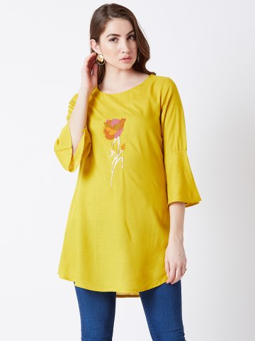 https://d38jde2cfwaolo.cloudfront.net/377349-thickbox_default/estonished-yellow-machine-embroidered-tunic.jpg