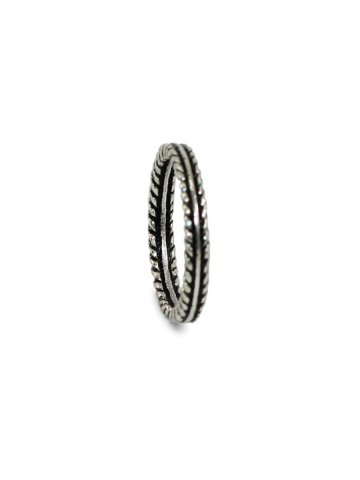https://static3.cilory.com/390994-thickbox_default/silver-color-oxidised-ring.jpg