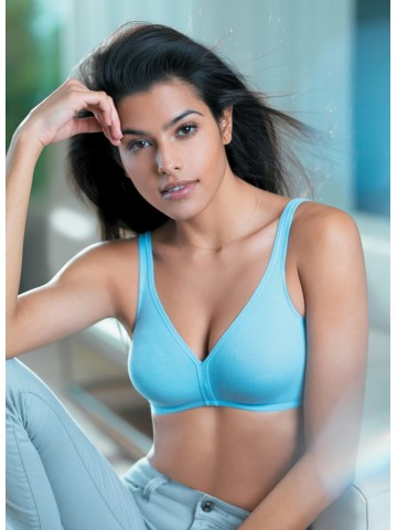 https://static3.cilory.com/4474-thickbox_default/triumph-stepy-soft-cotton-bra.jpg