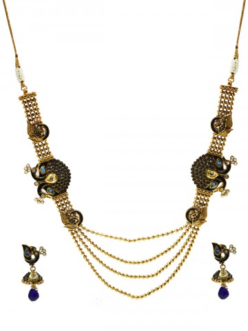 https://static2.cilory.com/68850-thickbox_default/elegant-polki-work-necklace-set-carved-with-stone-and-beads.jpg