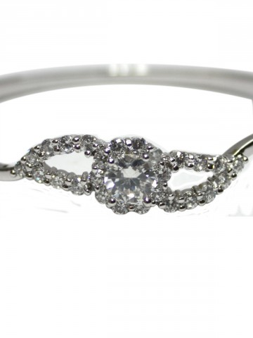 https://static5.cilory.com/73489-thickbox_default/archies-women-bracelet.jpg