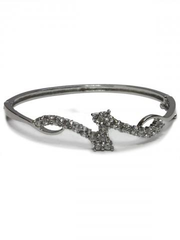 https://static6.cilory.com/73495-thickbox_default/archies-women-bracelet.jpg